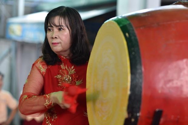 Only C, Miu Lê trở về tuổi thơ trong lễ Khai giảng trường TH-THCS-THPT Mỹ Việt - Ảnh 3.