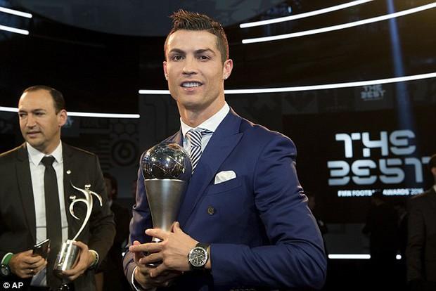 6 chiếc đồng hồ trị giá 1,6 tỷ mất tích bí ẩn trong đêm Gala FIFA - Ảnh 1.
