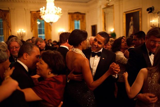 Những khoảnh khắc đáng nhớ bên vợ con của Tổng thống Obama trong 8 năm đương nhiệm - Ảnh 7.