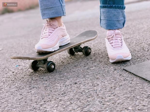 Review đôi sneaker được ví như viên kẹo ngọt đang đốn tim các cô nàng: Nike Air Max 97 Premium Pink Snakeskin - Ảnh 8.