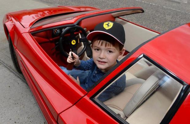 Siêu xe Ferrari đồ chơi trông như thế nào mà có giá tận 2,2 tỷ đồng - Ảnh 2.