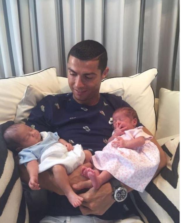 Tại sao Ronaldo lại nhờ mang thai hộ, mà không sinh con như bình thường? - Ảnh 3.