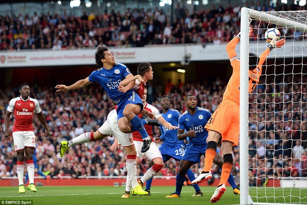 Ngày trở lại, Premier League khai tiệc với 7 bàn thắng - Ảnh 4.