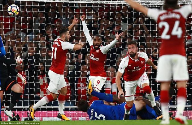 Ngày trở lại, Premier League khai tiệc với 7 bàn thắng - Ảnh 12.