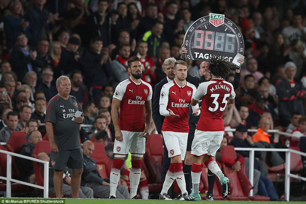 Ngày trở lại, Premier League khai tiệc với 7 bàn thắng - Ảnh 8.