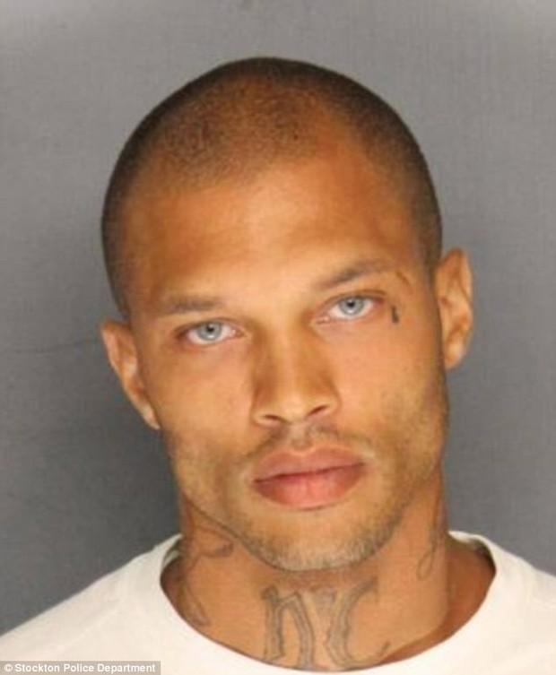 Chỉ nhờ 1 bức ảnh mà cuộc sống của người đàn ông tù tội này đã hoàn toàn thay đổi - Ảnh 5.
