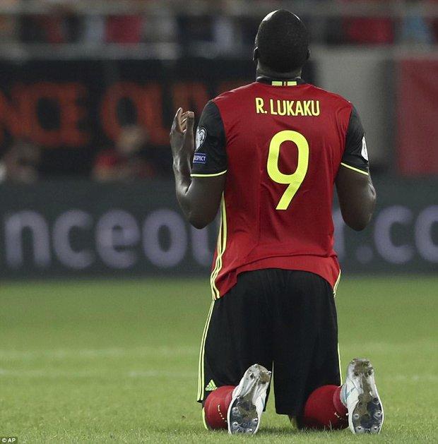 Bom tấn của Man Utd ghi bàn, Bỉ là đội bóng châu Âu đầu tiên dự World Cup 2018 - Ảnh 10.