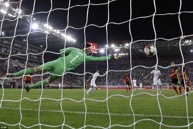 Bom tấn của Man Utd ghi bàn, Bỉ là đội bóng châu Âu đầu tiên dự World Cup 2018 - Ảnh 8.