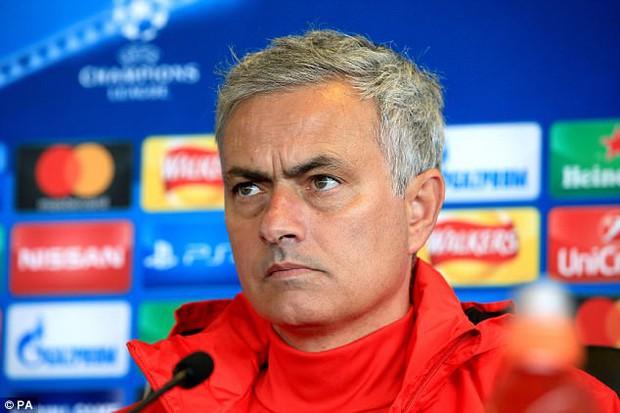 Mourinho: Tôi thấy Man Utd yếu hẳn đi khi vắng Fellaini - Ảnh 2.