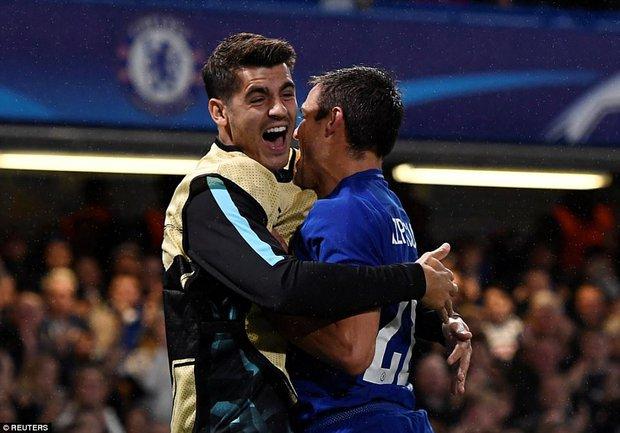 Tân binh tỏa sáng, Chelsea đánh tennis trong trận khai màn Champions League - Ảnh 8.