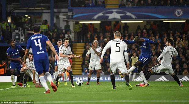 Tân binh tỏa sáng, Chelsea đánh tennis trong trận khai màn Champions League - Ảnh 10.