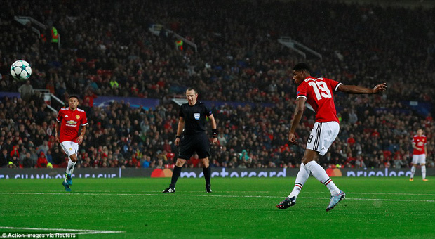 Lukaku lại nổ súng, Man Utd thắng lớn ngày ra quân Champions League - Ảnh 5.