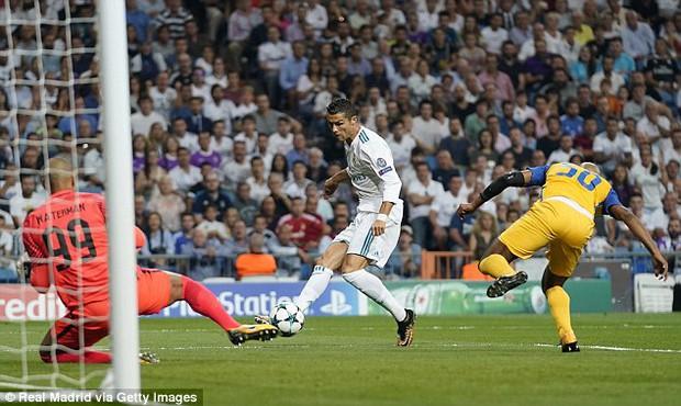 Ronaldo lập cú đúp, Real thắng 3 sao ở Champions League - Ảnh 3.