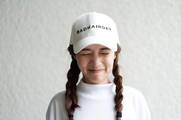 3 kiểu tóc xinh tuyệt vừa mát mẻ, gọn gàng vừa ăn hình giúp con gái sống ảo thành công khi đi du lịch - Ảnh 11.