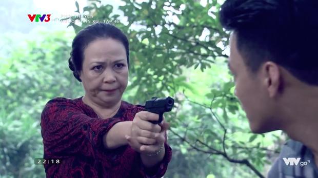Người phán xử tập 46: Sau khi hạ thủ, Thế Chột selfie với bà Thu để gửi cho Phan Quân - Ảnh 9.