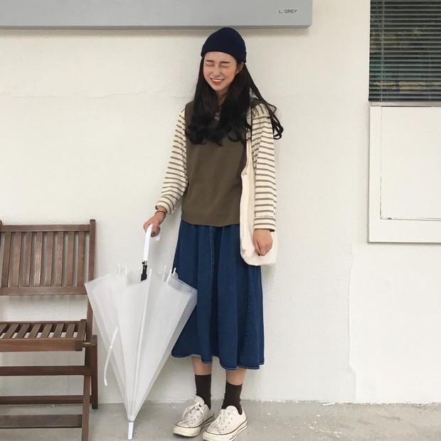 Không theo style đại trà của hot girl Hàn, cô nàng này sẽ khiến bạn xuýt xoa vì cách ăn mặc hay ho không chịu nổi - Ảnh 5.