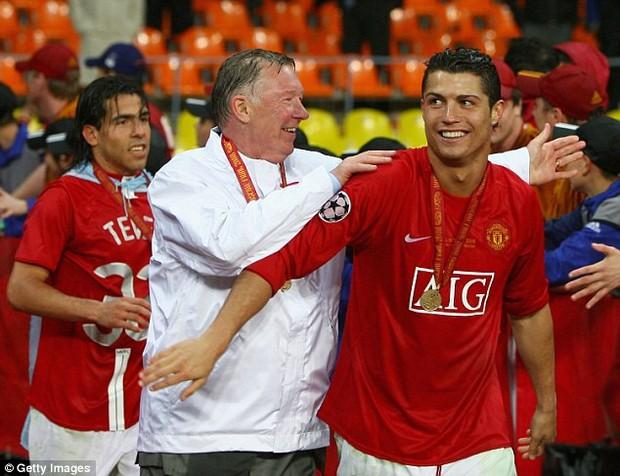 Sir Alex trị căn bệnh yếu đuối của Ronaldo như thế nào? - Ảnh 1.