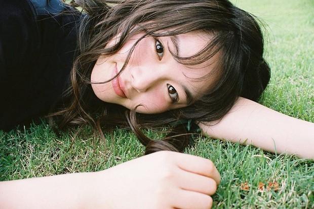 Từ công nhân, cô gái trẻ trở thành diễn viên triển vọng của Nhật Bản vì quá đẹp - Ảnh 6.