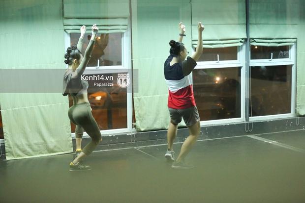 Mặc dù bệnh nhưng Angela Phương Trinh vẫn miệt mài tập vũ đạo đến tận khuya - Ảnh 6.