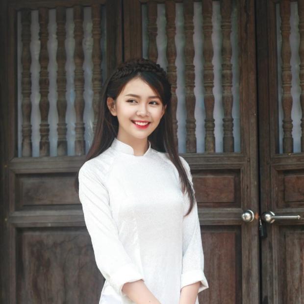 Con gái Việt vẫn xinh đẹp và dịu dàng nhất khi mặc áo dài trắng! - Ảnh 3.