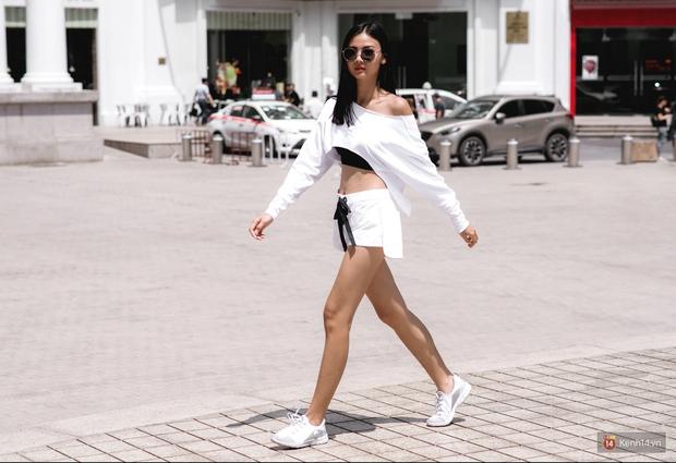 Street style chẳng cần lồng lộn, cứ cao và gầy thì đơn giản cũng thành mặc đẹp của mẫu Việt tuần qua - Ảnh 7.