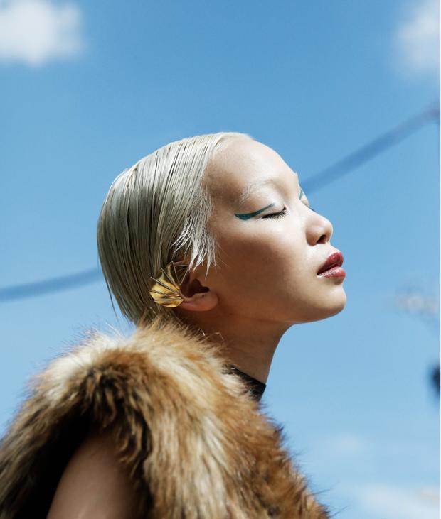10 xu hướng makeup mùa thu tuyệt đẹp từ sàn runway con gái châu Á có thể áp dụng ngon ơ - Ảnh 16.