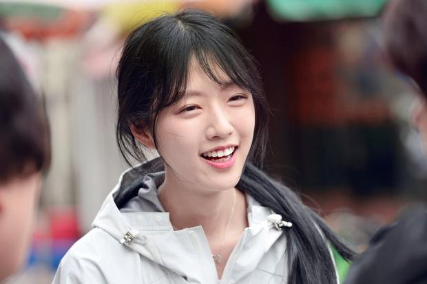 Bố tham gia tranh cử Tổng thống Hàn Quốc, nhưng dư luận lại chỉ tập trung vào cô con gái xinh đẹp - Ảnh 5.