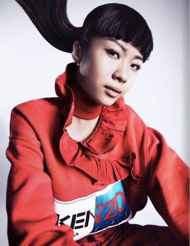 Hết làm KOLS cho H&M, Suboi lại lên trang bìa tạp chí danh tiếng của Singapore - Ảnh 7.