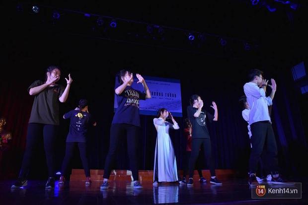 Xuất hiện bất ngờ tại đêm hội Made In 12 của Amser, Min gây náo loạn với bản hit Yêu - Ảnh 8.