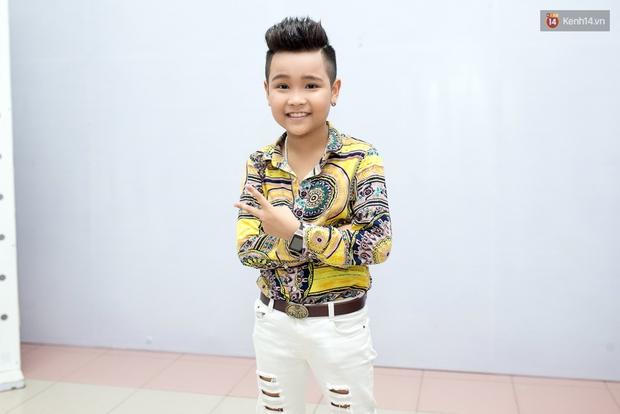 Hoài Lâm cùng bạn gái bất ngờ xuất hiện tại buổi ghi hình Chung kết 1 The Voice - Ảnh 12.