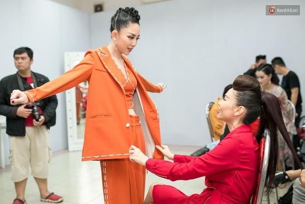 Hoài Lâm cùng bạn gái bất ngờ xuất hiện tại buổi ghi hình Chung kết 1 The Voice - Ảnh 16.