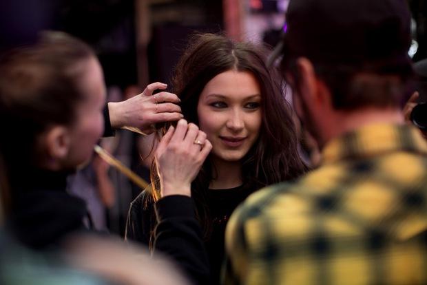 10 xu hướng makeup mùa thu tuyệt đẹp từ sàn runway con gái châu Á có thể áp dụng ngon ơ - Ảnh 18.