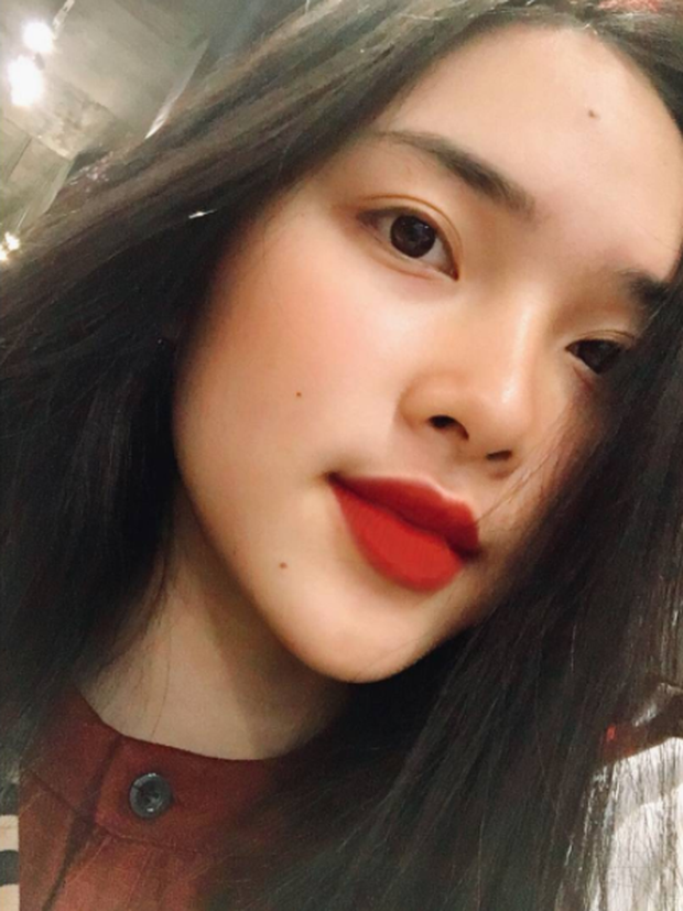 4 cô nàng Việt sở hữu đôi môi dày mọng nhìn là muốn cắn - Ảnh 13.