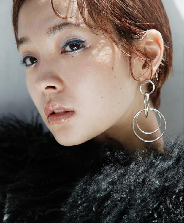 10 xu hướng makeup mùa thu tuyệt đẹp từ sàn runway con gái châu Á có thể áp dụng ngon ơ - Ảnh 21.