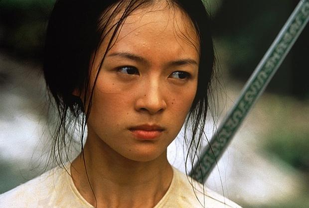 """Từ chuyện Chương Tử Di, hiểu được lý do 20 nữ diễn viên từ chối siêu phẩm """"Chiến Lang 2"""" - Ảnh 12."""