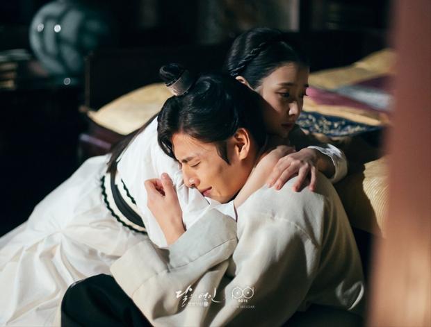 Lộ ảnh được cho là bằng chứng cặp đôi Người tình ánh trăng Kang Ha Neul và IU đang hẹn hò - Ảnh 5.