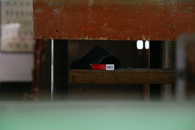 Cảnh u ám bên trong ngôi trường tiểu học 20 tỷ đồng bị bỏ hoang gần 10 năm giữa Sài Gòn - Ảnh 12.