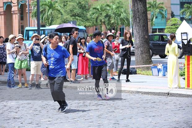 Amazing Race Trung Quốc tại Việt Nam: Vương Lệ Khôn - Trịnh Nguyên Sướng mặc áo dài, kiệt sức dưới trời nắng - Ảnh 9.