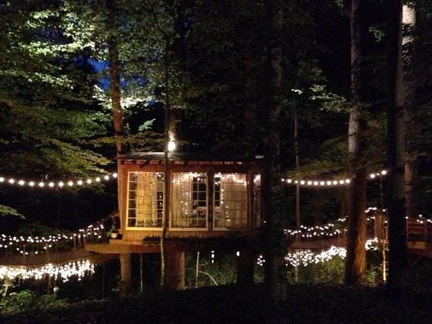 Bên trong ngôi nhà trên cây mộng mơ đang gây sốt trên Airbnb, hàng trăm nghìn người muốn được tới thăm một lần - Ảnh 21.