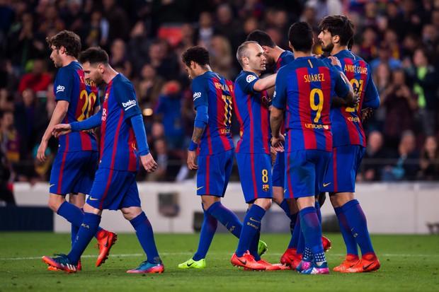 Messi lập cú đúp, Barca thắng đậm Valencia - Ảnh 11.