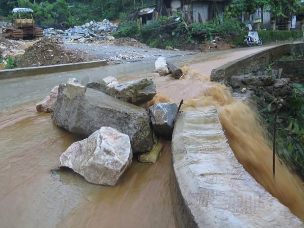Chùm ảnh: Hoàn lưu bão số 2 càn quét nặng nề khu du lịch Cát Cát ở Sa Pa - Ảnh 13.