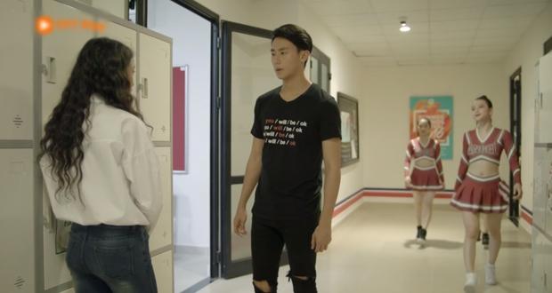 Glee Việt tập 1 mở màn với nụ hôn cháy bỏng giữa Rocker và Angela Phương Trinh - Ảnh 14.