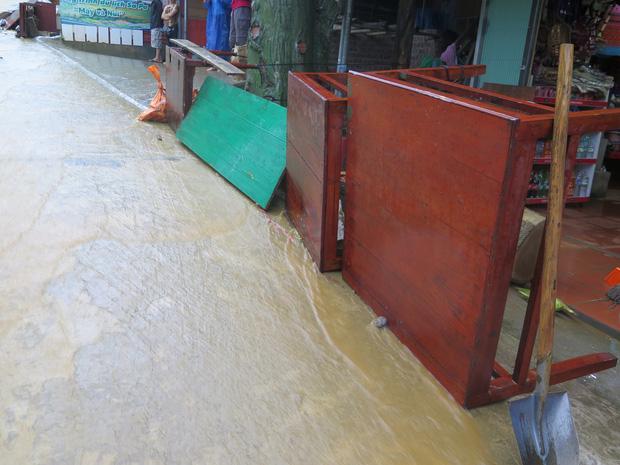 Chùm ảnh: Hoàn lưu bão số 2 càn quét nặng nề khu du lịch Cát Cát ở Sa Pa - Ảnh 4.