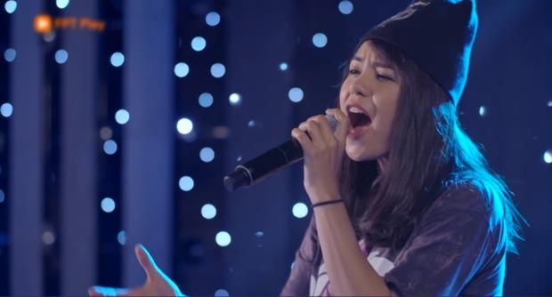 Glee Việt tập 1 mở màn với nụ hôn cháy bỏng giữa Rocker và Angela Phương Trinh - Ảnh 6.