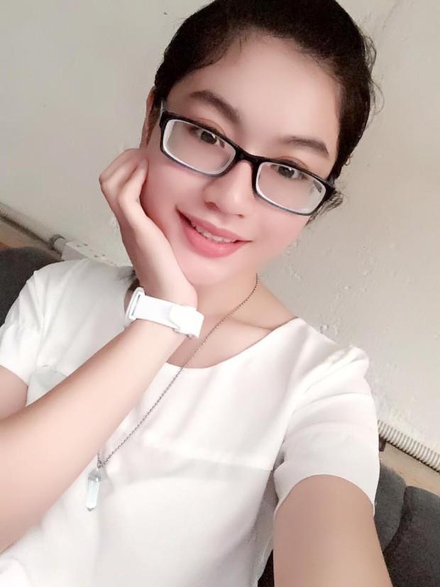 Nhan sắc đời thường của top 10 thí sinh tiếp theo tại Hoa hậu Hoàn vũ Việt Nam 2017 ai xinh đẹp hơn? - Ảnh 24.