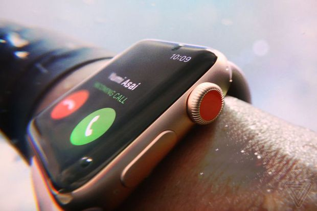 Apple vừa giới thiệu Apple Watch Series 3: thiết kế không đổi, có thể cắm SIM và chứa được hơn 40 triệu bài hát - Ảnh 4.