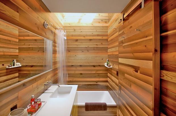 Đến Nhật Bản bạn đừng hòng đi vệ sinh trong lúc tắm, lý do là? - Ảnh 1.