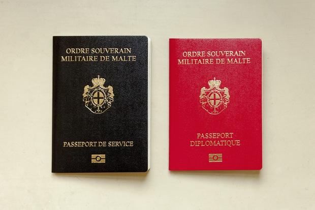 Chỉ 3 người trong 7 tỷ dân số thế giới được sở hữu hộ chiếu màu đỏ đặc biệt - Ảnh 2.
