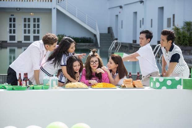 Trang Pháp mời hội anh chị em đình đám showbiz góp mặt trong MV của ca khúc hay nhất từ trước đến nay - Ảnh 6.