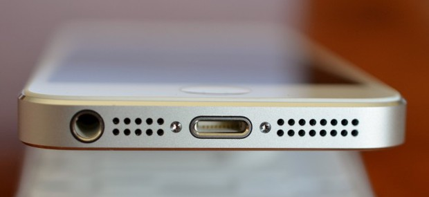 Hãy làm điều này trước khi quyết định vứt đi dây sạc iPhone bị hỏng của bạn - Ảnh 2.